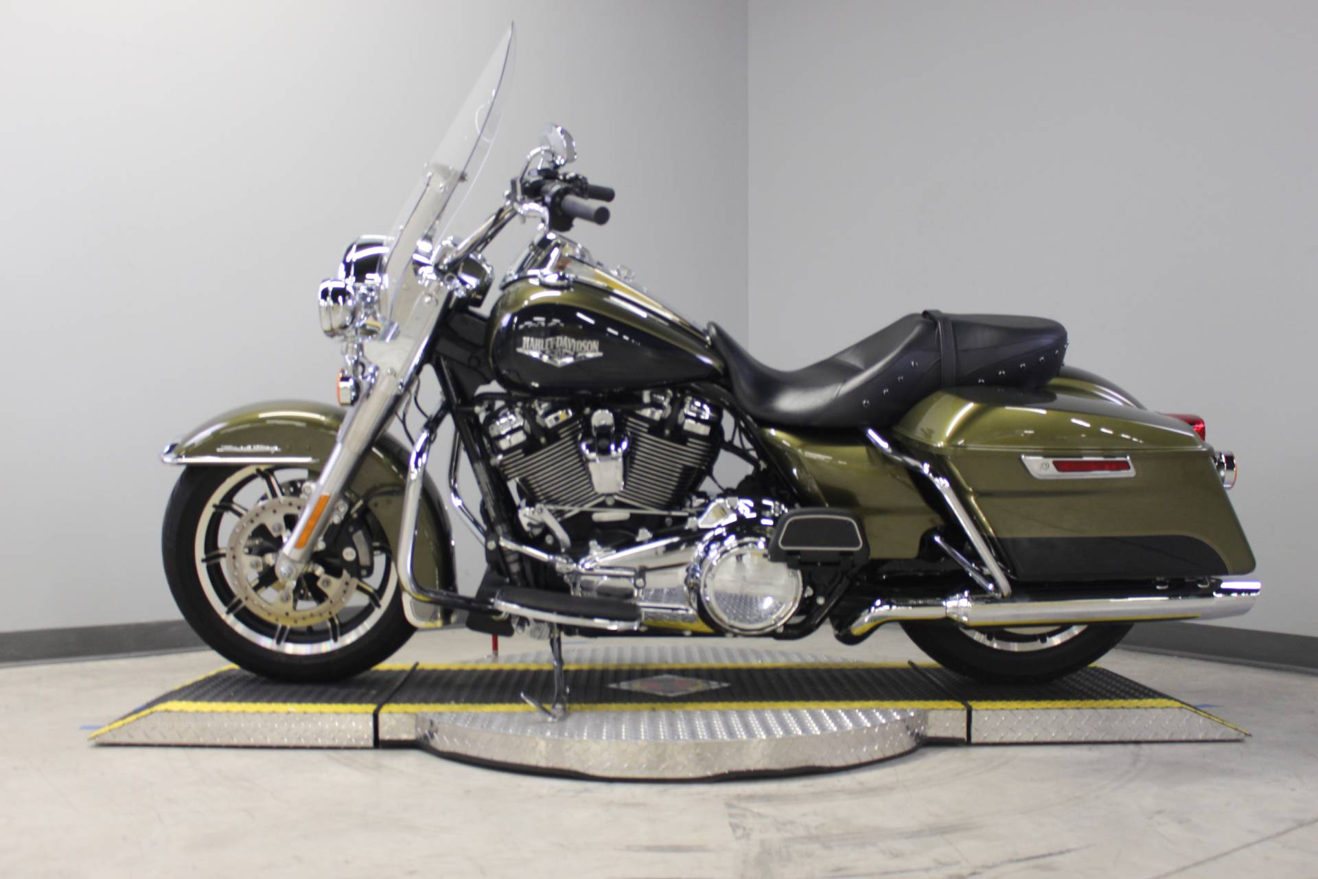 2018 Harley-Davidson Road King® in Dubuque, Iowa - Photo 13