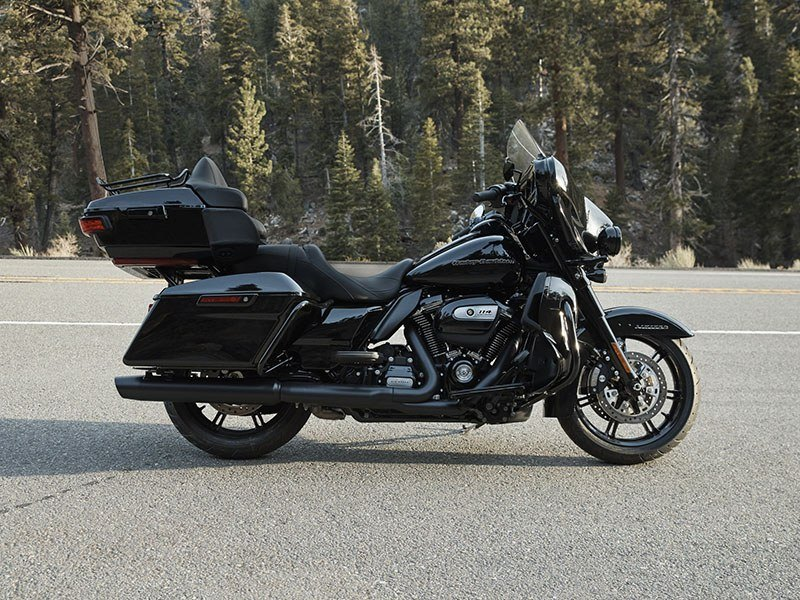 2020 Harley-Davidson Ultra Limited in Dubuque, Iowa - Photo 31