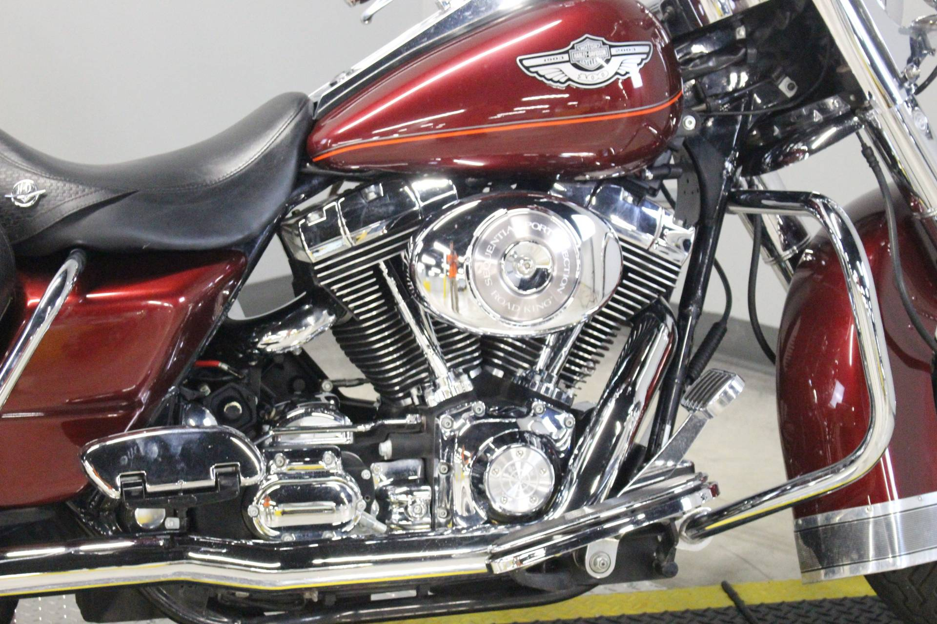 2003 Harley-Davidson FLHRCI Road King® Classic in Dubuque, Iowa - Photo 9