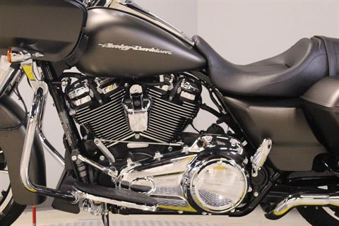 2020 Harley-Davidson Road Glide® in Dubuque, Iowa - Photo 3