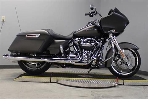 2020 Harley-Davidson Road Glide® in Dubuque, Iowa - Photo 5