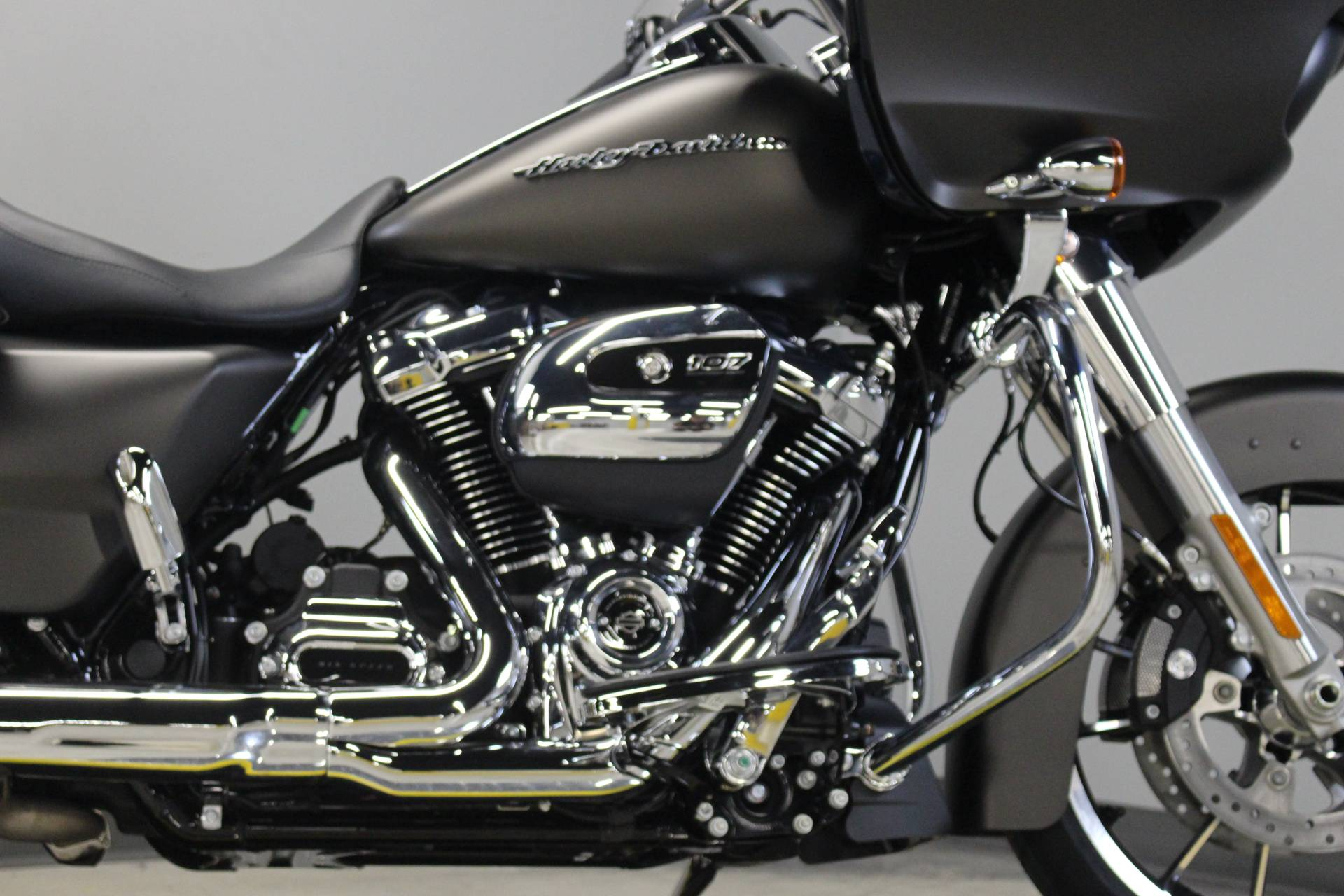 2020 Harley-Davidson Road Glide® in Dubuque, Iowa - Photo 6