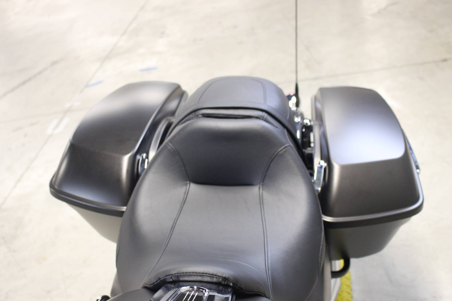 2020 Harley-Davidson Road Glide® in Dubuque, Iowa - Photo 10