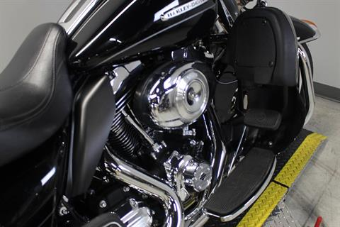 2012 Harley-Davidson Electra Glide® Ultra Limited in Dubuque, Iowa - Photo 6