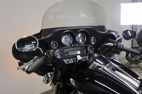 2012 Harley-Davidson Electra Glide® Ultra Limited in Dubuque, Iowa - Photo 11