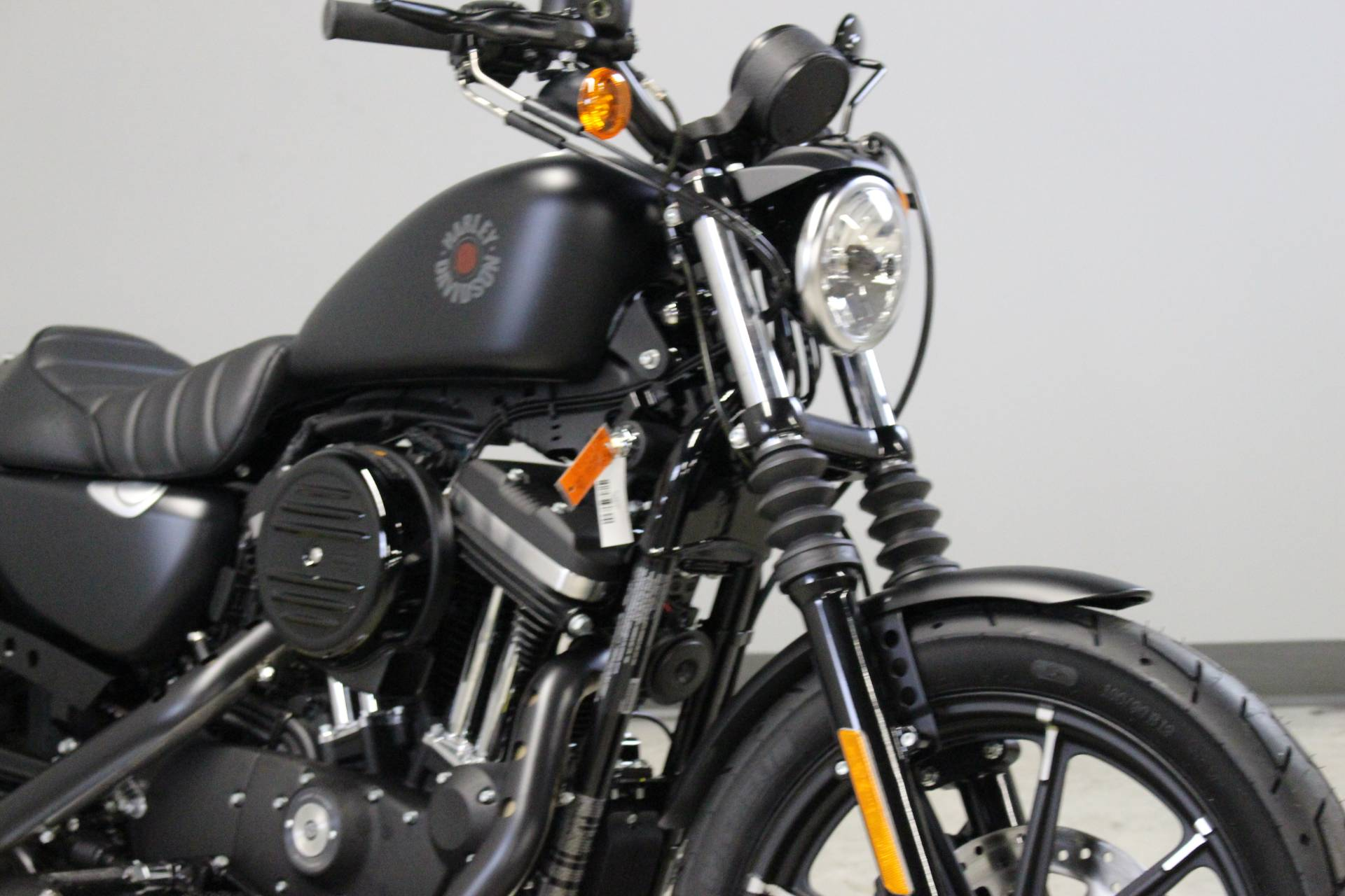2014 Harley-Davidson Sportster® Iron 883™ in Dubuque, Iowa - Photo 2