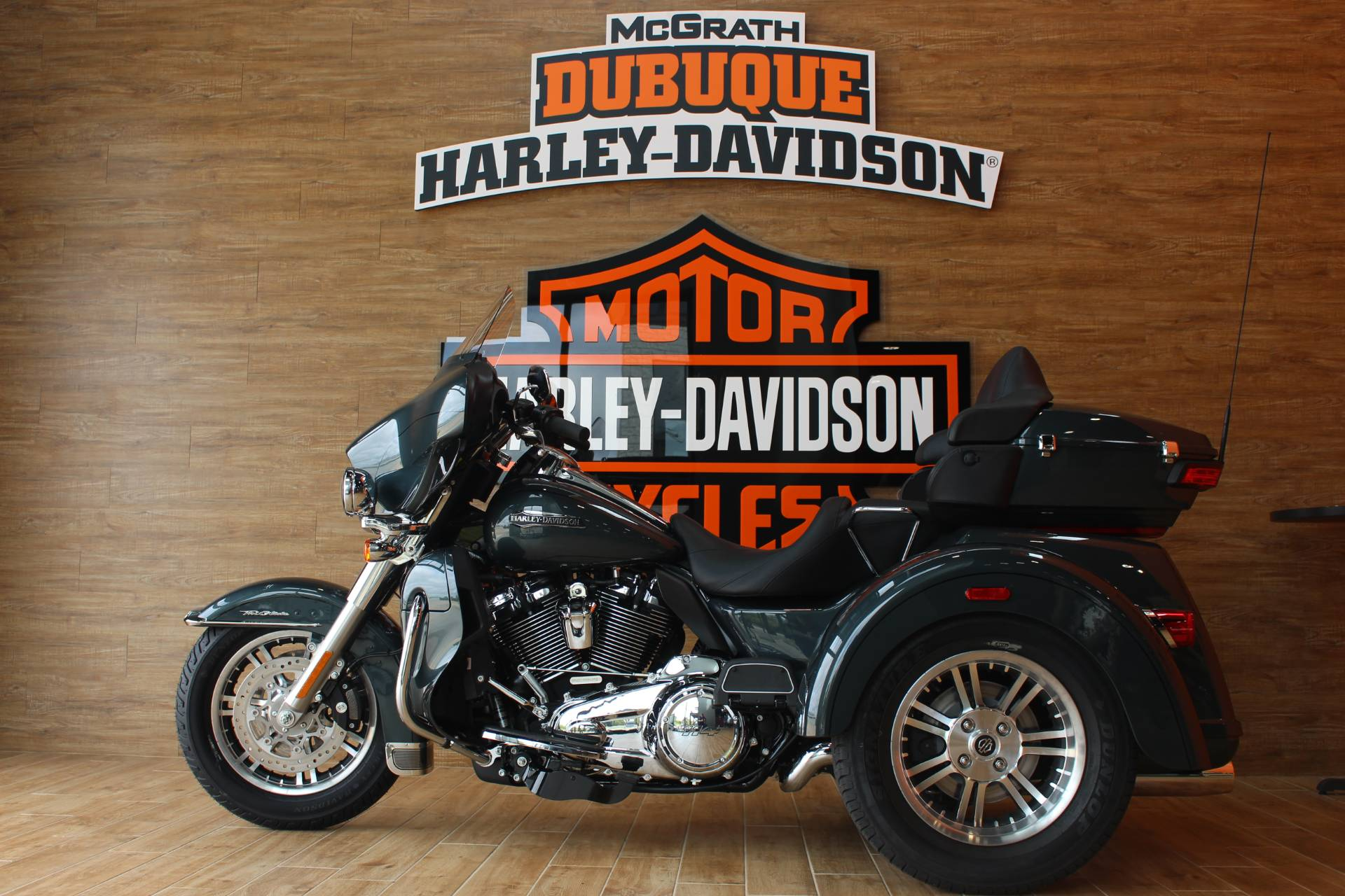 2020 Harley-Davidson Tri Glide® Ultra in Dubuque, Iowa - Photo 3