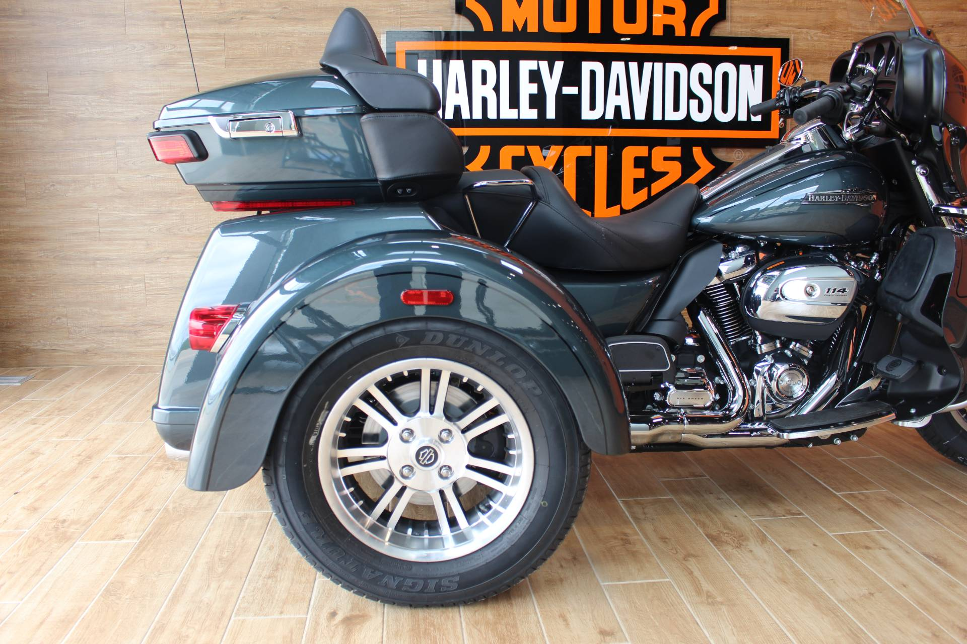 2020 Harley-Davidson Tri Glide® Ultra in Dubuque, Iowa - Photo 8