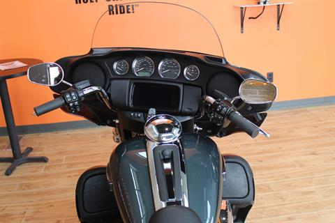 2020 Harley-Davidson Tri Glide® Ultra in Dubuque, Iowa - Photo 9