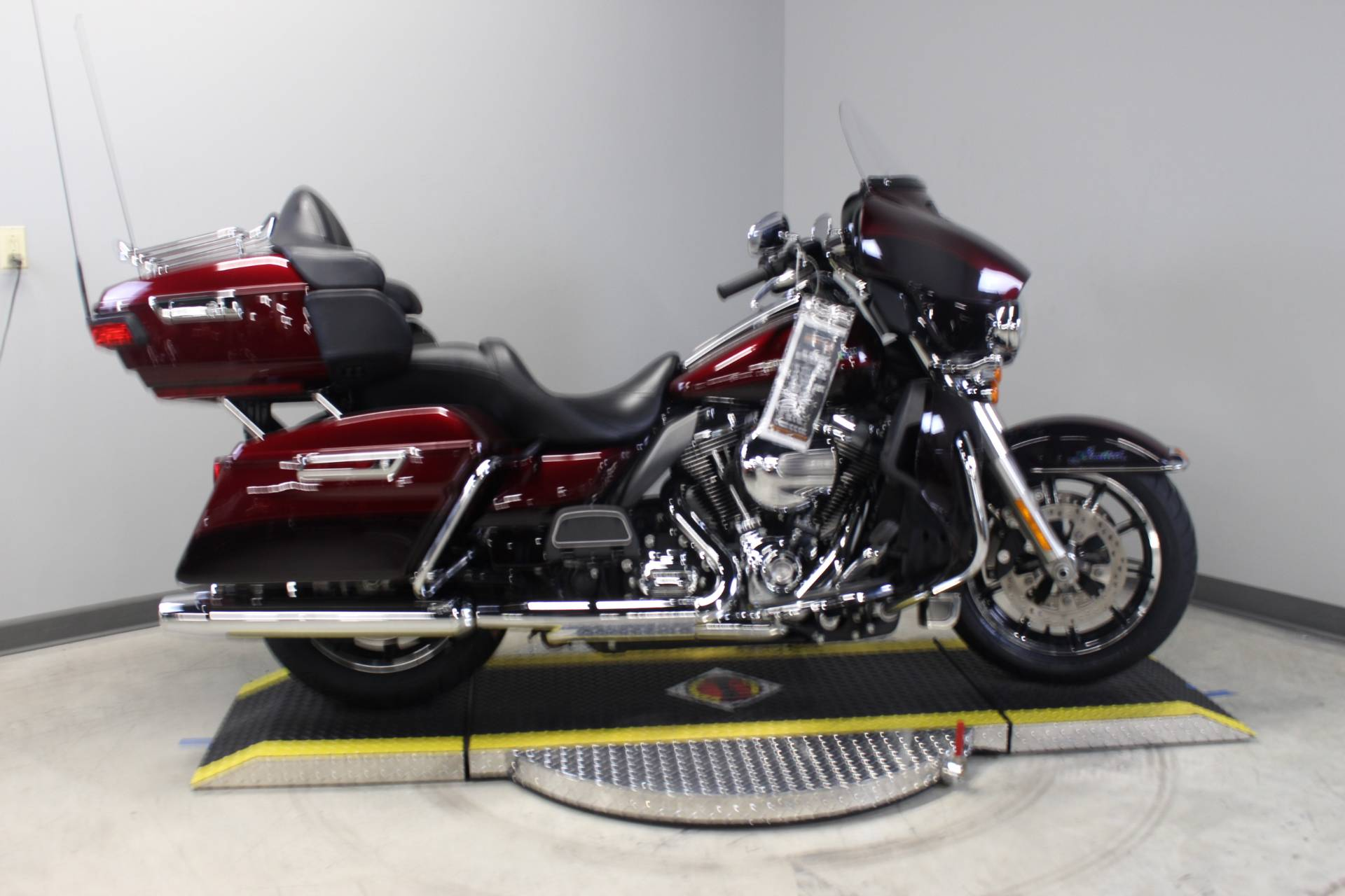 2015 Harley-Davidson Ultra Limited Low in Dubuque, Iowa - Photo 3