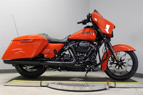 2020 Harley-Davidson Street Glide® Special in Dubuque, Iowa - Photo 5