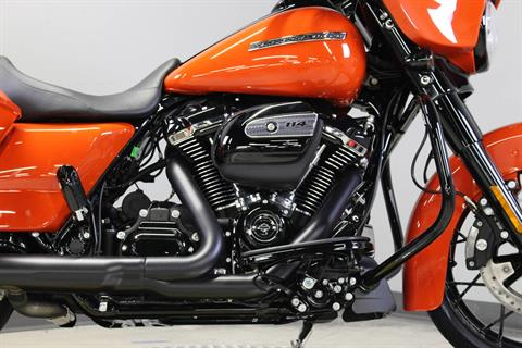 2020 Harley-Davidson Street Glide® Special in Dubuque, Iowa - Photo 6