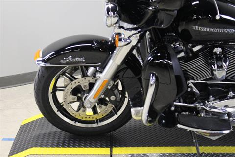2018 Harley-Davidson Ultra Limited in Dubuque, Iowa - Photo 3