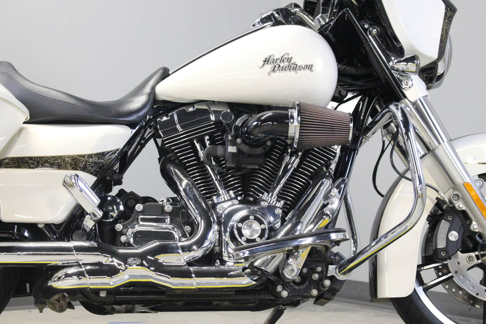 2014 Harley-Davidson Street Glide® Special in Dubuque, Iowa - Photo 3