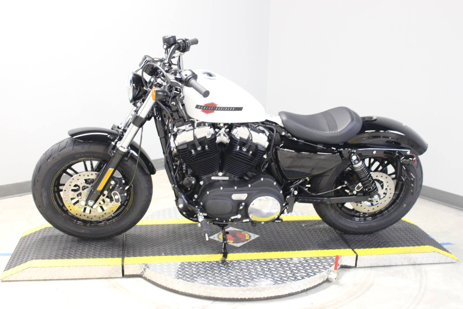 2020 Harley-Davidson Forty-Eight® in Dubuque, Iowa - Photo 2