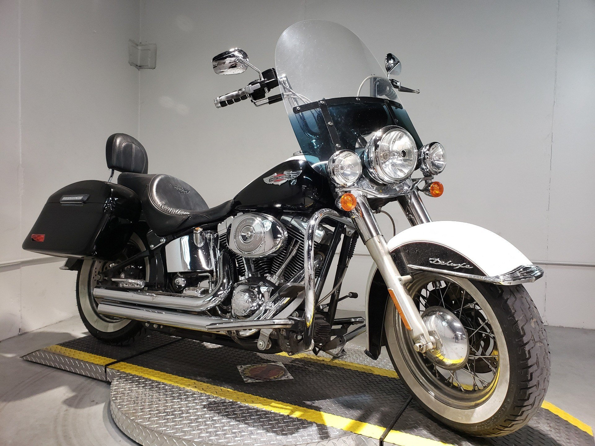 2005 Harley-Davidson FLSTN/FLSTNI Softail® Deluxe in Coralville, Iowa - Photo 1