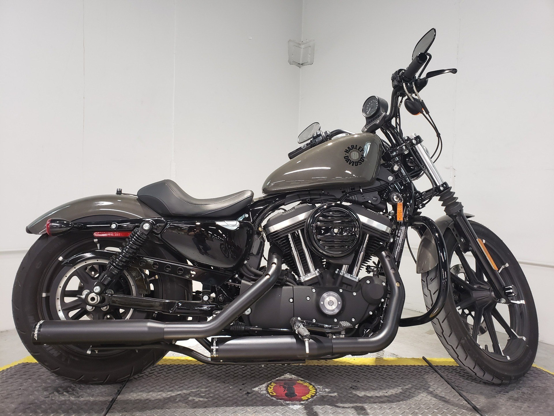 2019 Harley-Davidson Iron 883™ in Coralville, Iowa - Photo 7