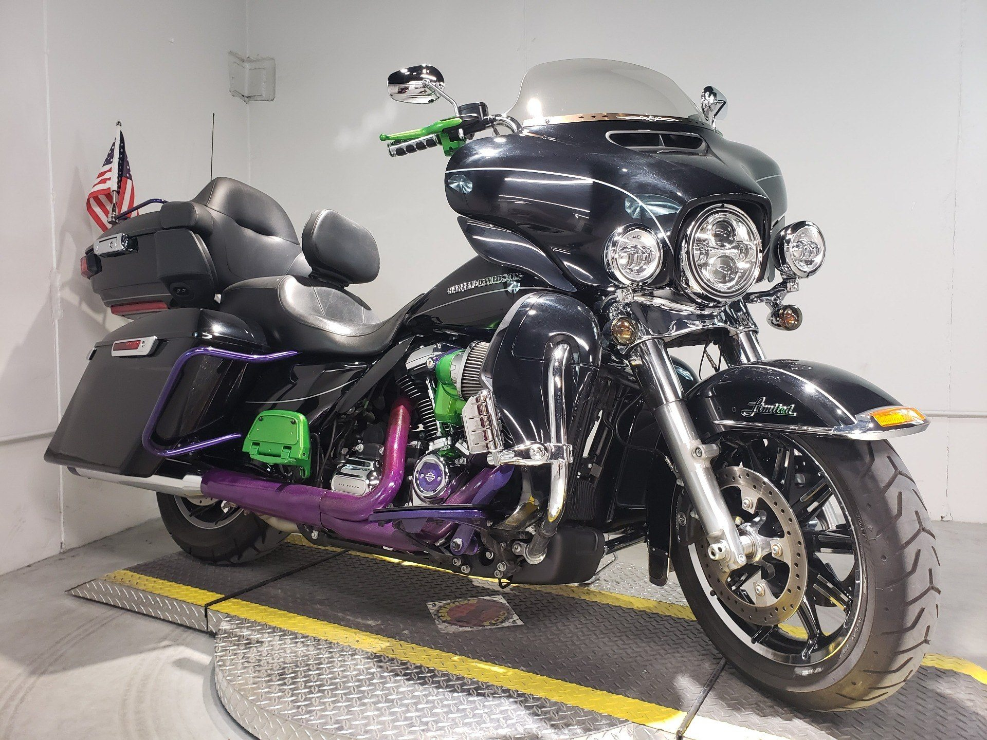 2017 Harley-Davidson Ultra Limited in Coralville, Iowa - Photo 1
