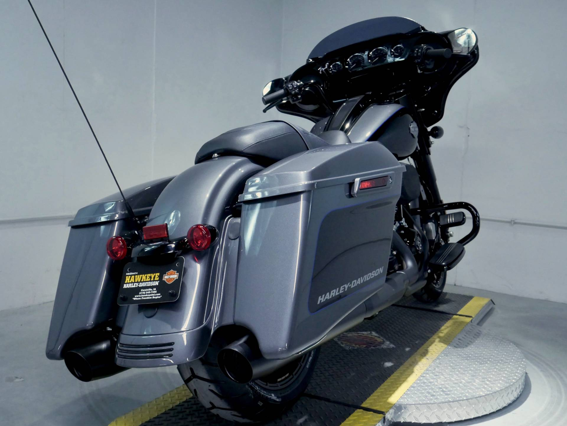 2021 Harley-Davidson Street Glide® Special in Coralville, Iowa - Photo 4