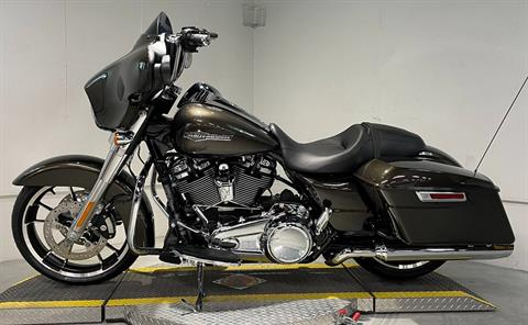 2021 Harley-Davidson Street Glide® in Coralville, Iowa - Photo 5
