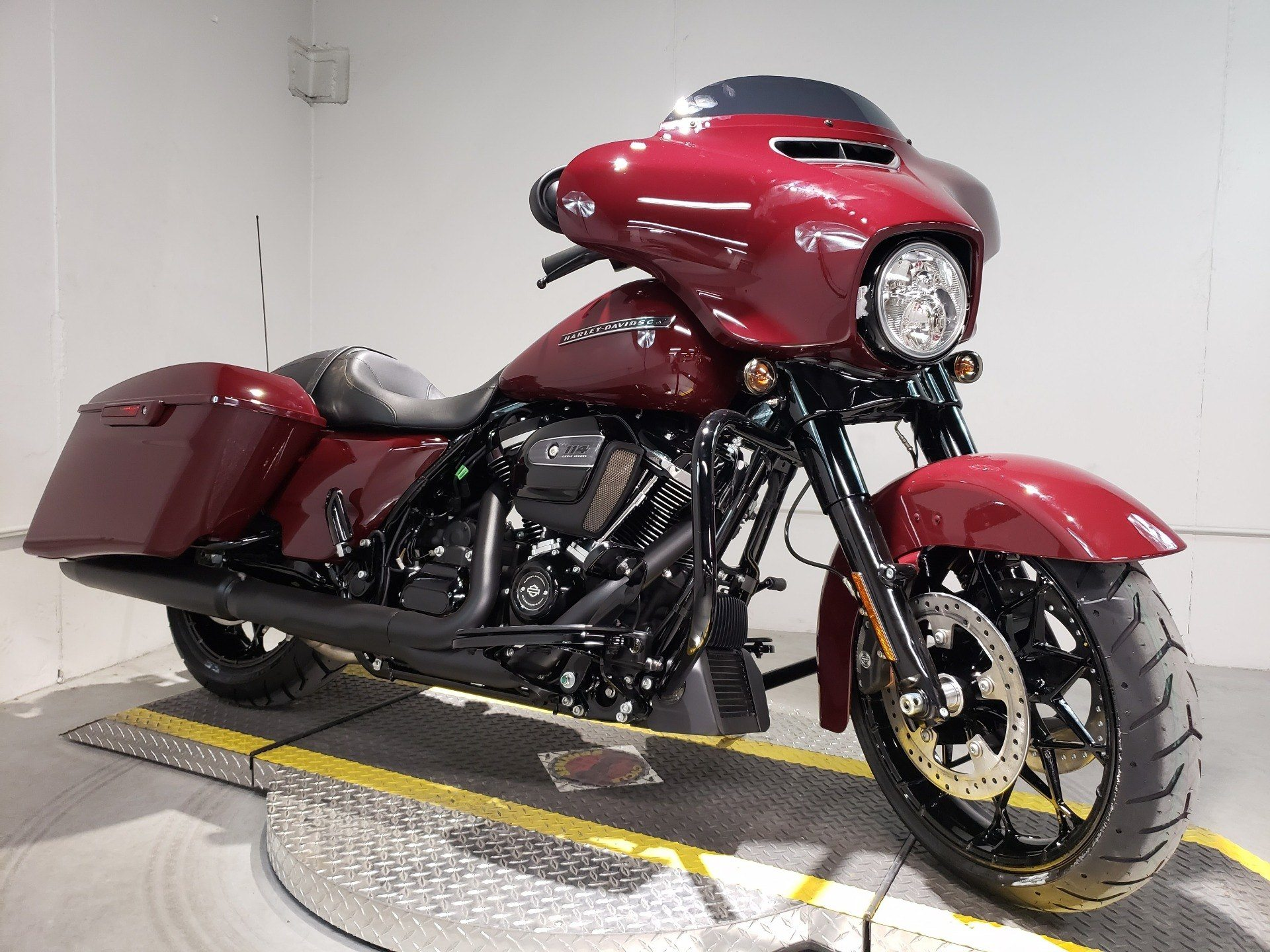 2020 Harley-Davidson Street Glide® Special in Coralville, Iowa - Photo 1