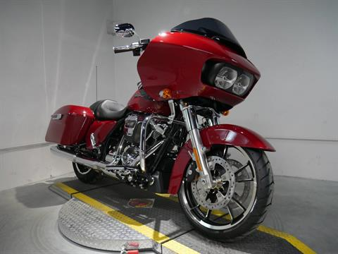 2021 Harley-Davidson Road Glide® in Coralville, Iowa - Photo 8