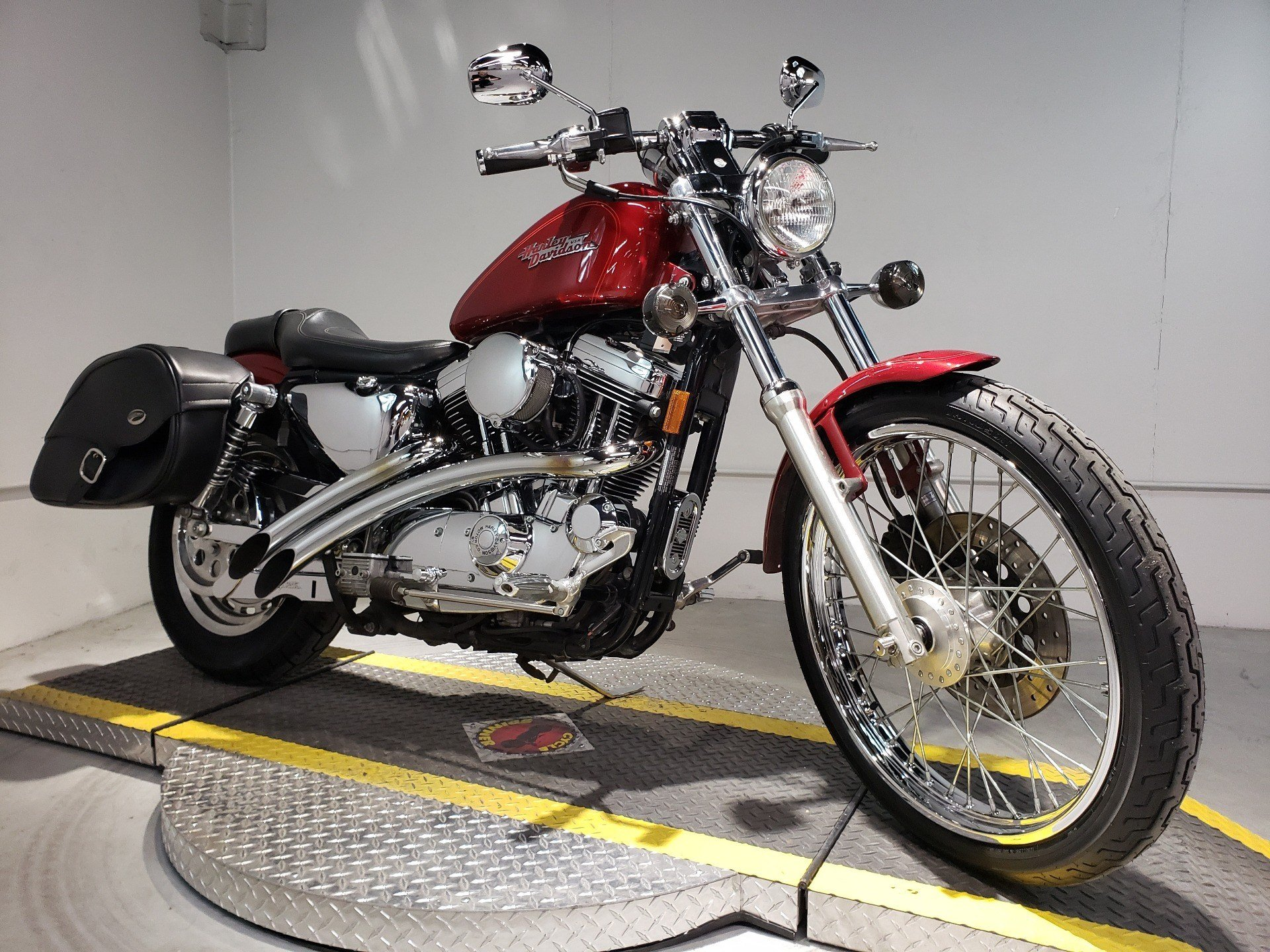 1999 Harley-Davidson XL 1200C Sportster® 1200 Custom in Coralville, Iowa - Photo 1