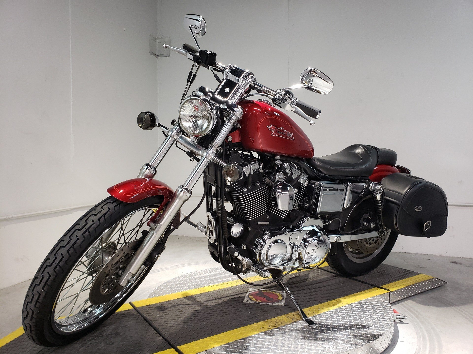 1999 Harley-Davidson XL 1200C Sportster® 1200 Custom in Coralville, Iowa - Photo 3