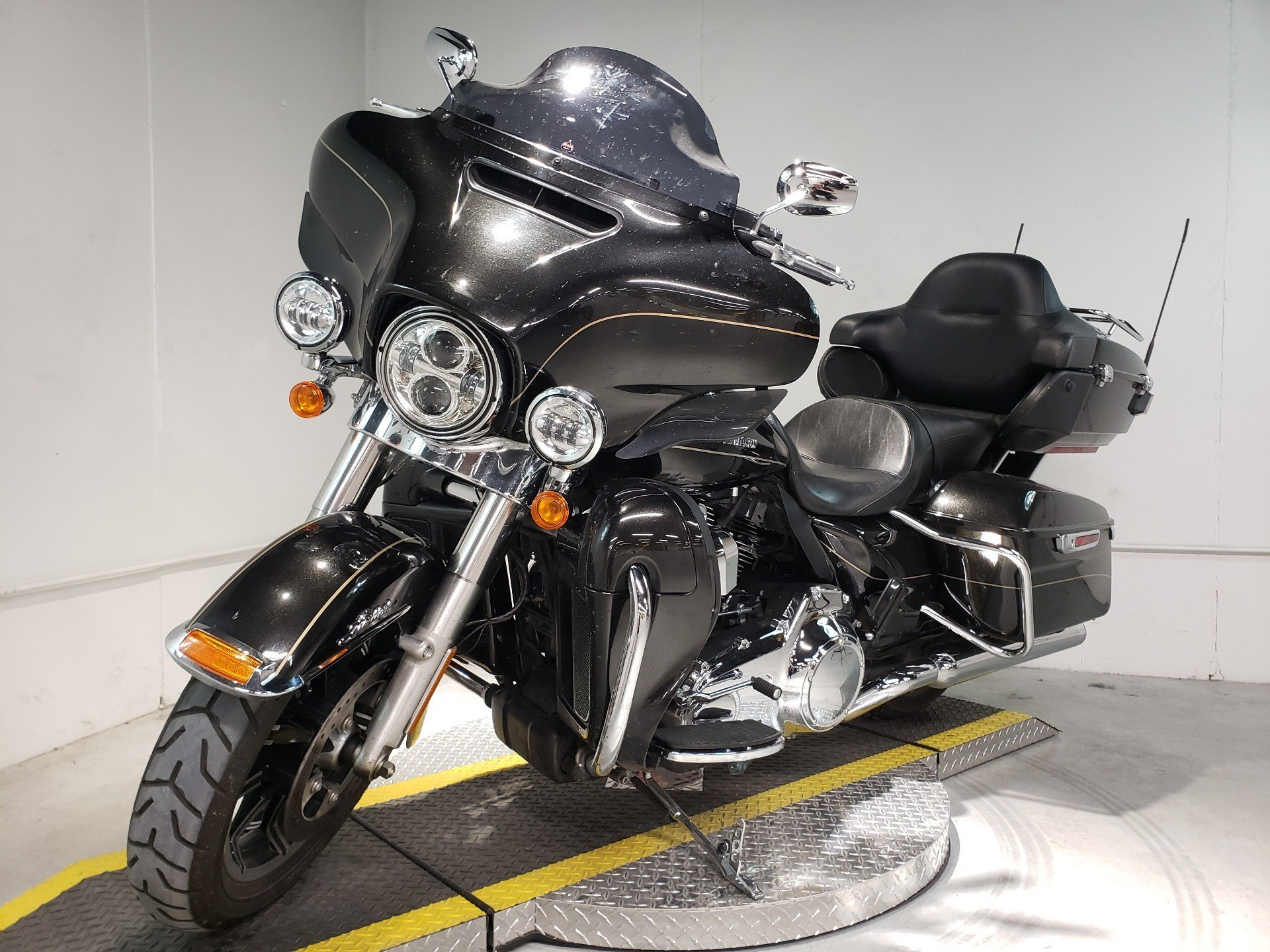 2016 Harley-Davidson Ultra Limited Low in Coralville, Iowa - Photo 3