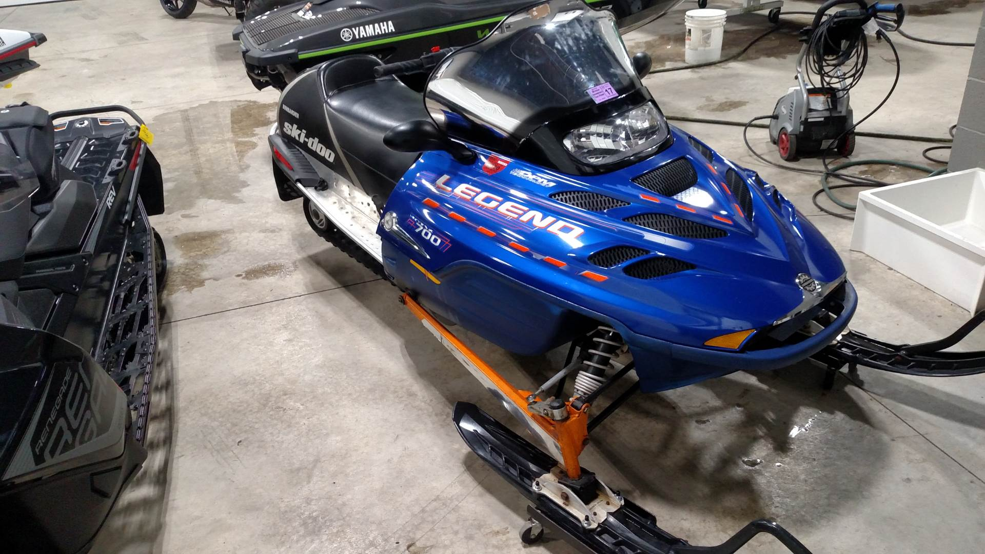 2002 Ski-Doo Legend GS 700 RER in Huron, Ohio