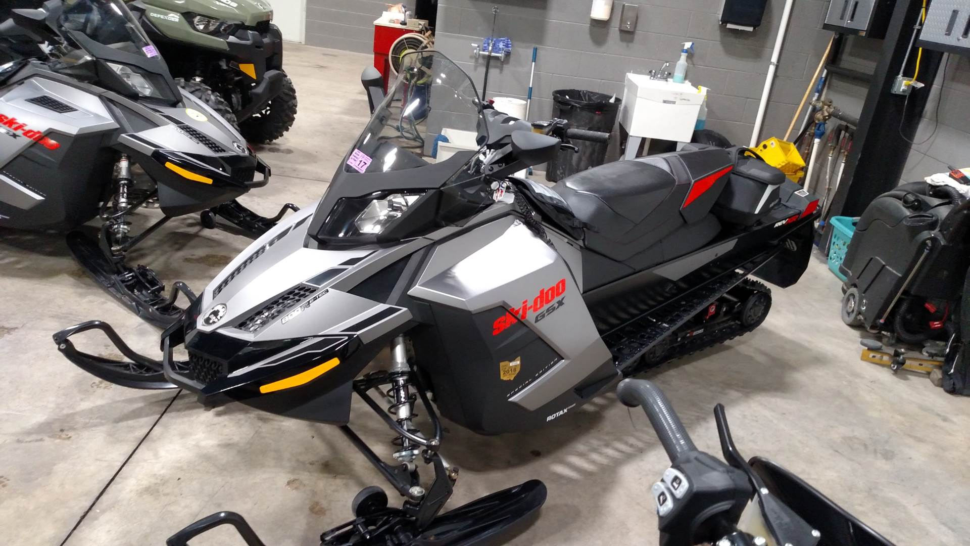 2015 Ski-Doo GSX® SE E-TEC® 800R in Huron, Ohio - Photo 3