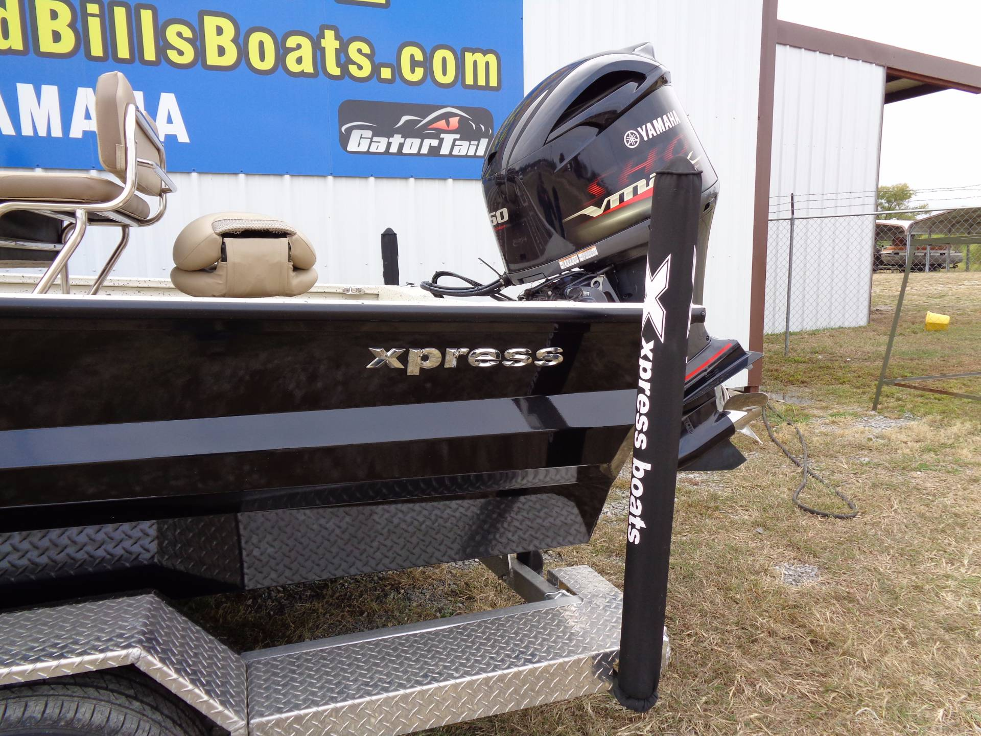 2018 Xpress x23 Bay in Mead, Oklahoma