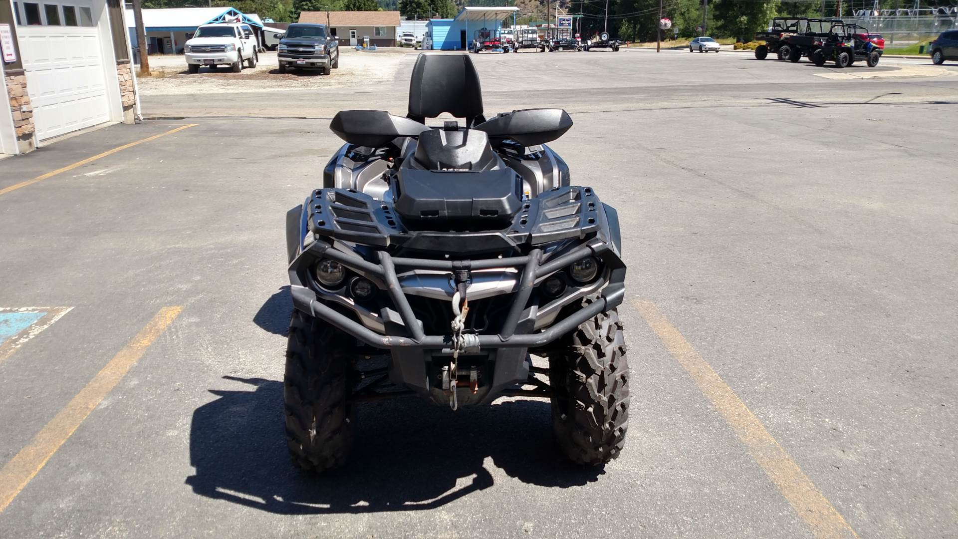 2014 Can-Am™ Outlander MAX Limited 1000 3