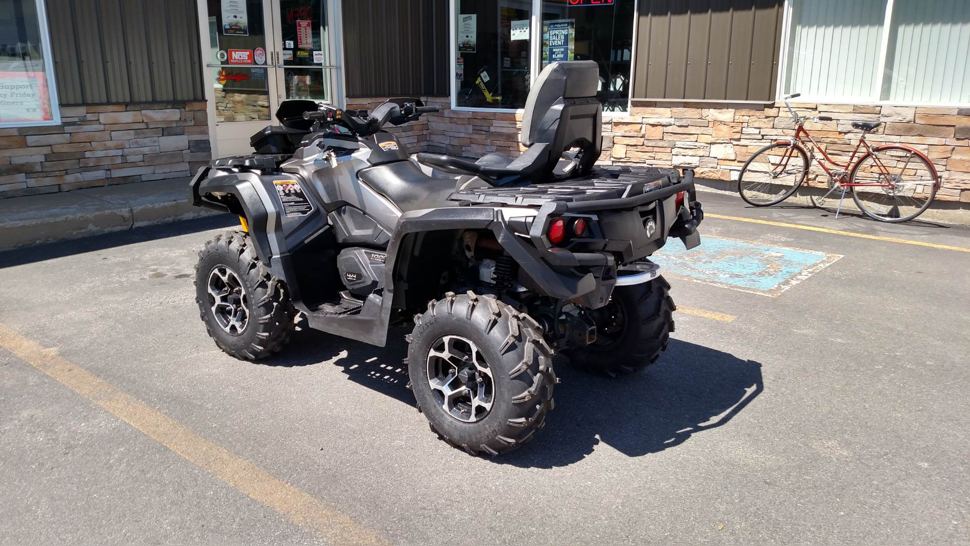 2014 Can-Am™ Outlander MAX Limited 1000 6