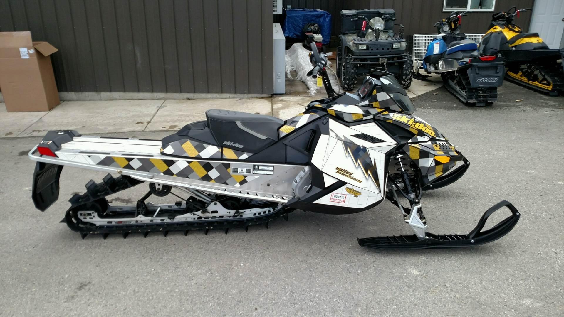 2014 Ski-Doo Summit Sport PowerT.E.K. 800R 5