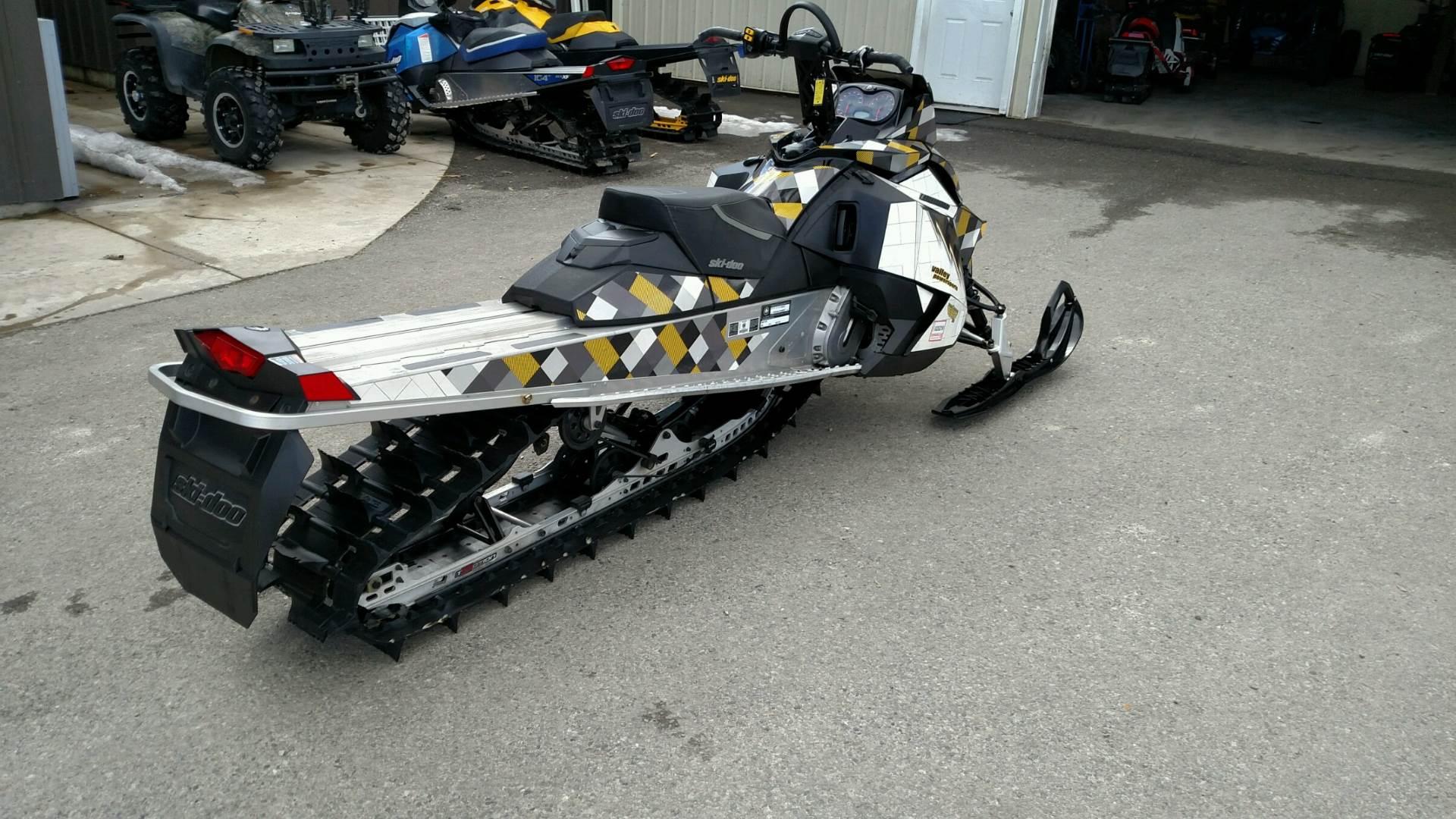 2014 Ski-Doo Summit Sport PowerT.E.K. 800R 6