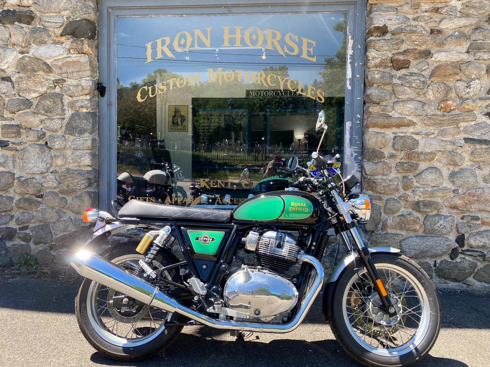 2019 Royal Enfield INT 650 in Kent, Connecticut - Photo 1