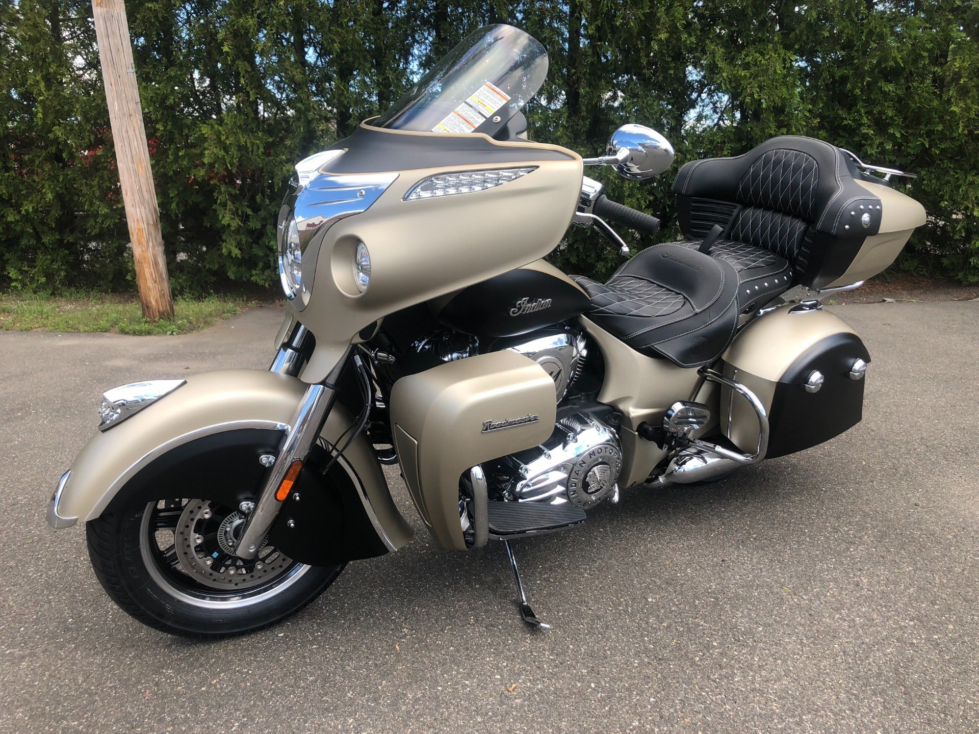 2019 Indian Roadmaster® Icon Series in Westfield, Massachusetts - Photo 13