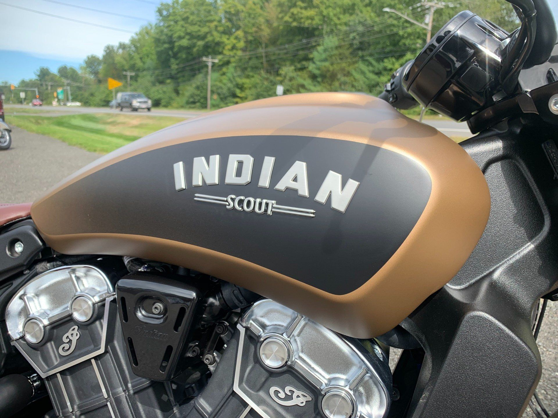 2020 Indian Scout® Bobber ABS Icon Series in Westfield, Massachusetts - Photo 2