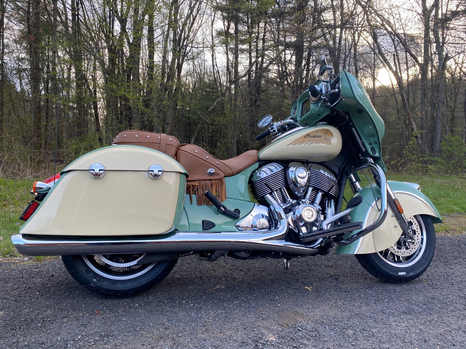 2020 Indian Chieftain® Classic Icon Series in Westfield, Massachusetts - Photo 2