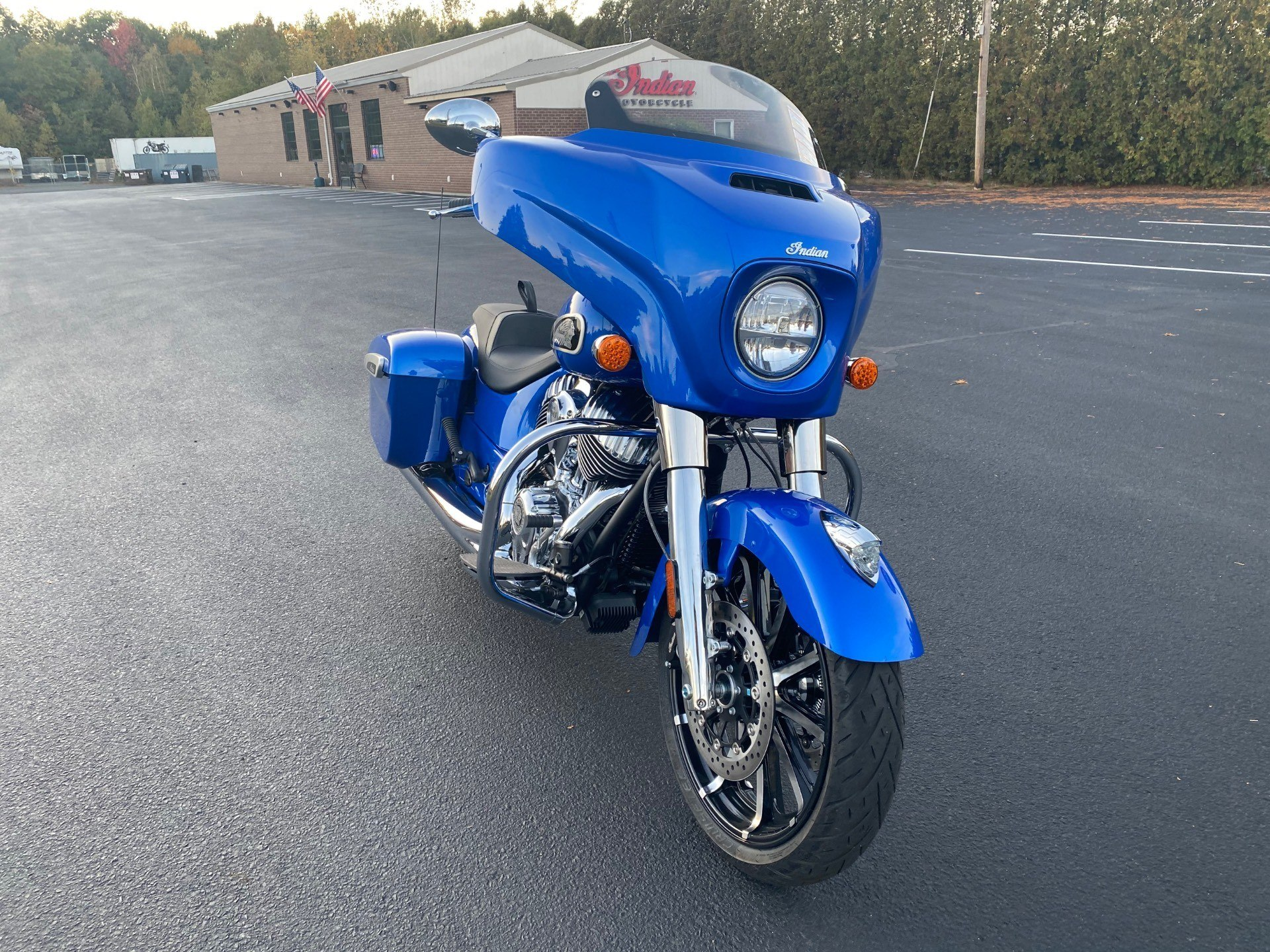 2021 Indian Chieftain® Limited in Westfield, Massachusetts - Photo 2