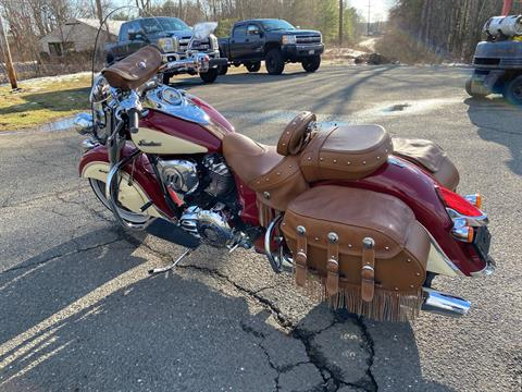 2017 Indian Chief® Vintage in Westfield, Massachusetts - Photo 2