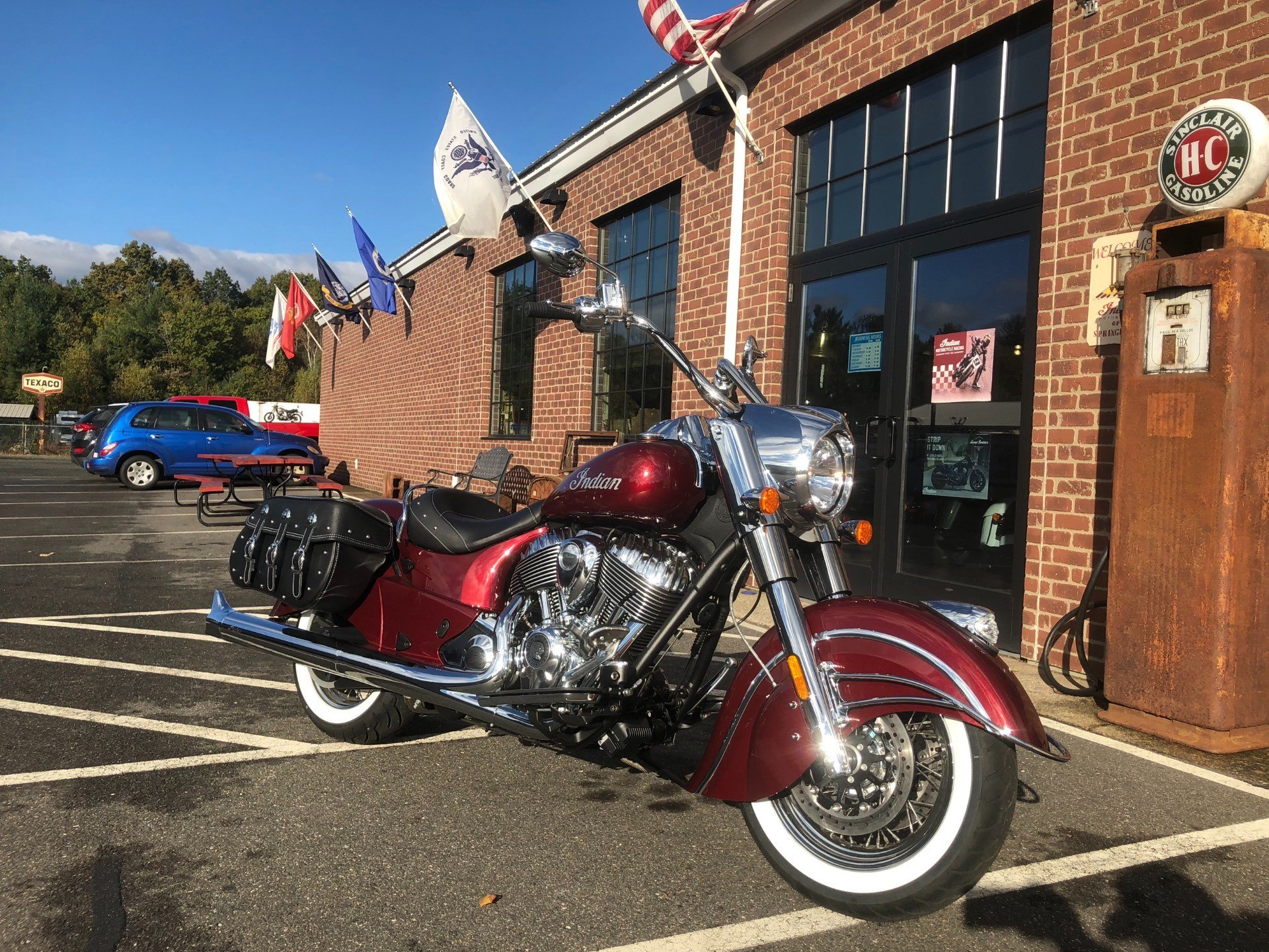 2018 Indian Chief® Classic ABS in Westfield, Massachusetts