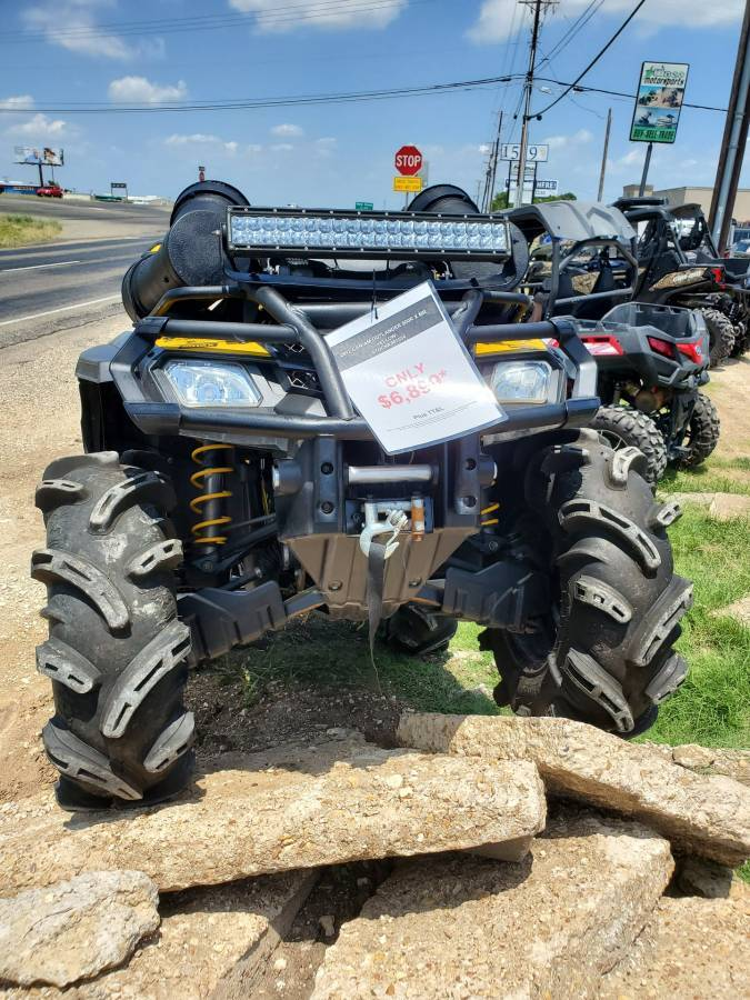 2012 Can-Am Outlander™ 800R X mr in Waco, Texas - Photo 4