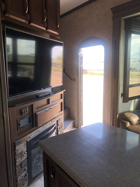 2017 winnebago scorpion toyhauler in Waco, Texas - Photo 37