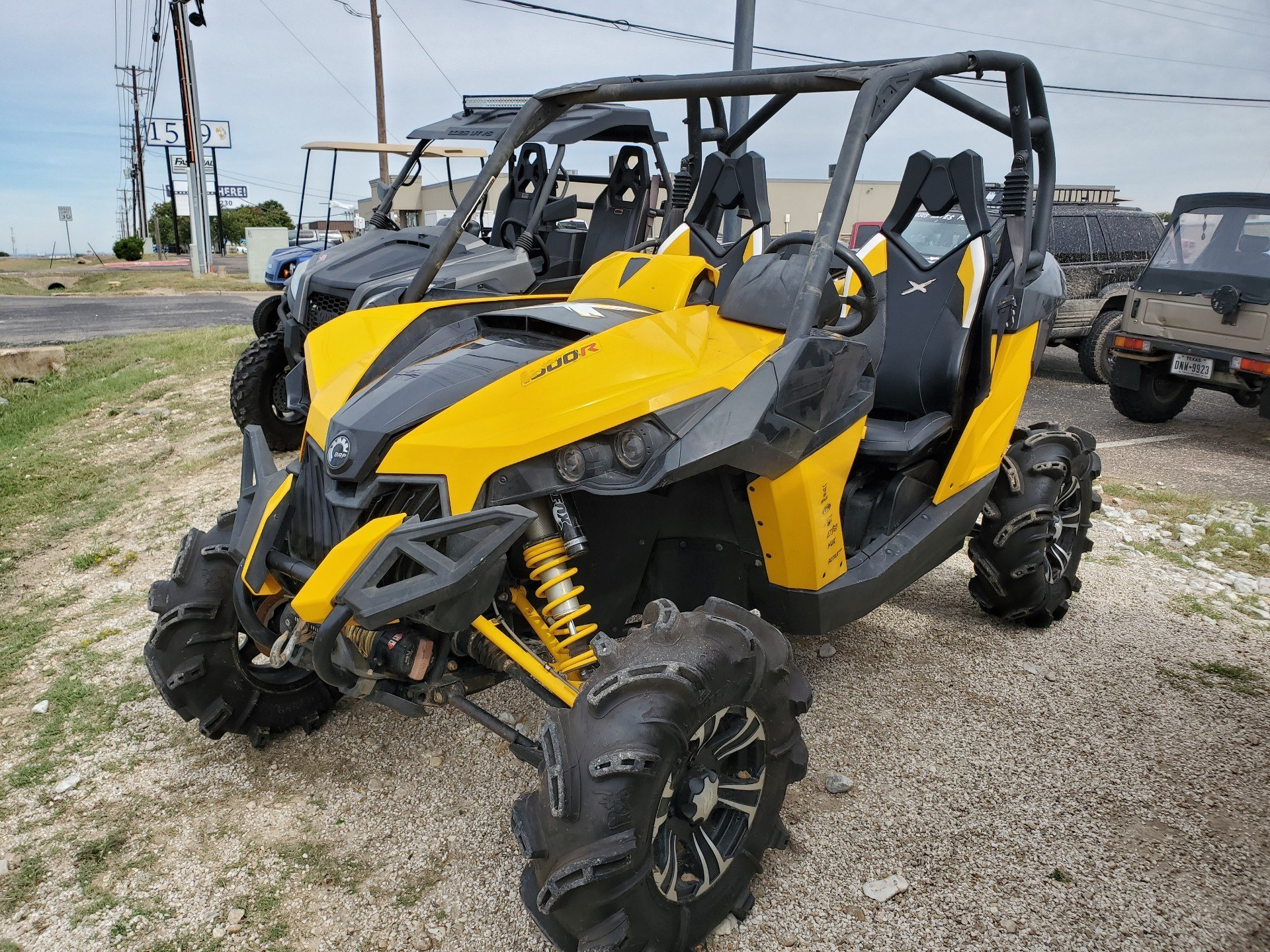 2015 Can-Am Maverick™ X® mr DPS™ 1000R in Waco, Texas - Photo 1