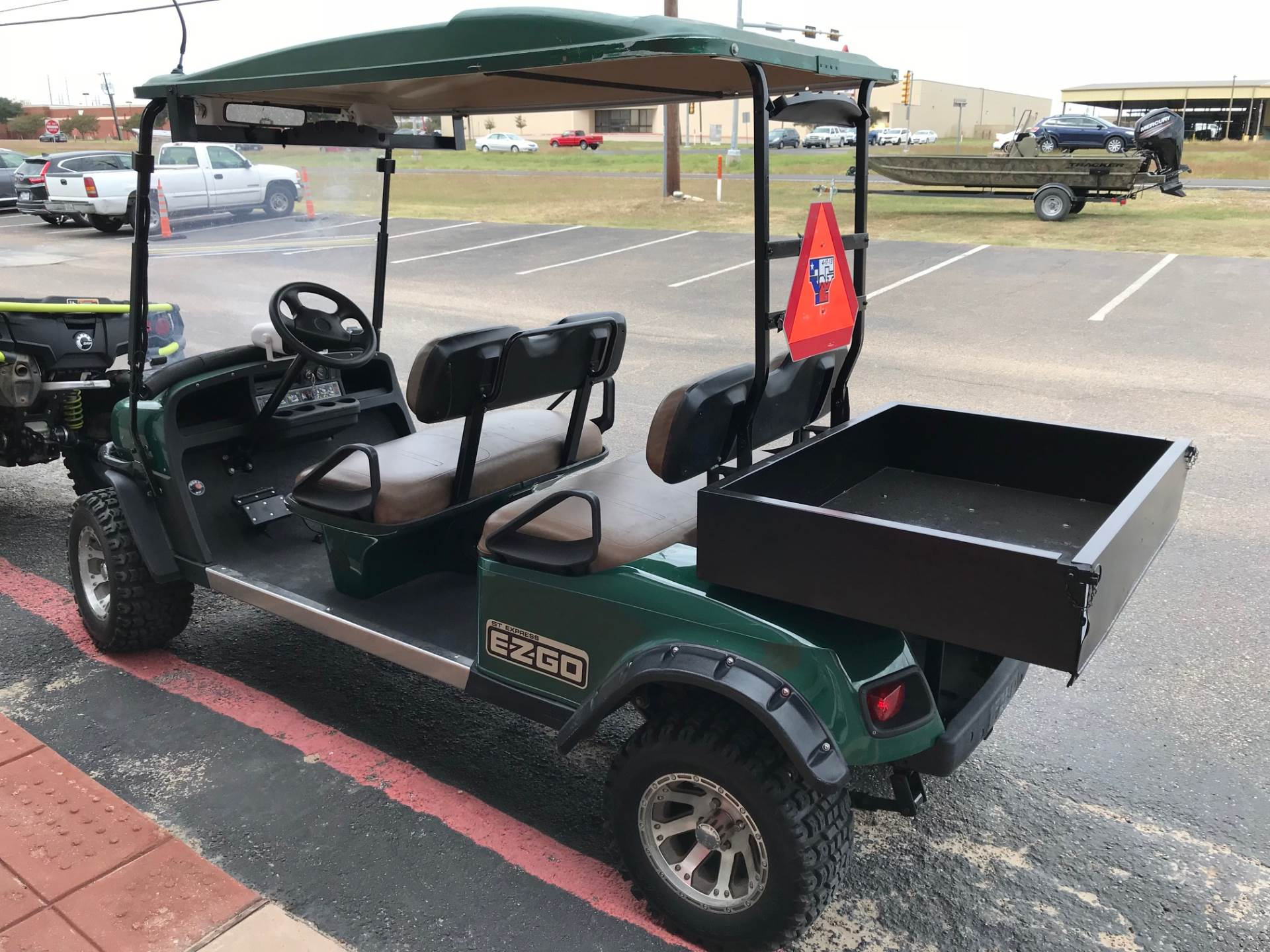 2009 E-Z GO GOLF CART S6 CREW in Waco, Texas