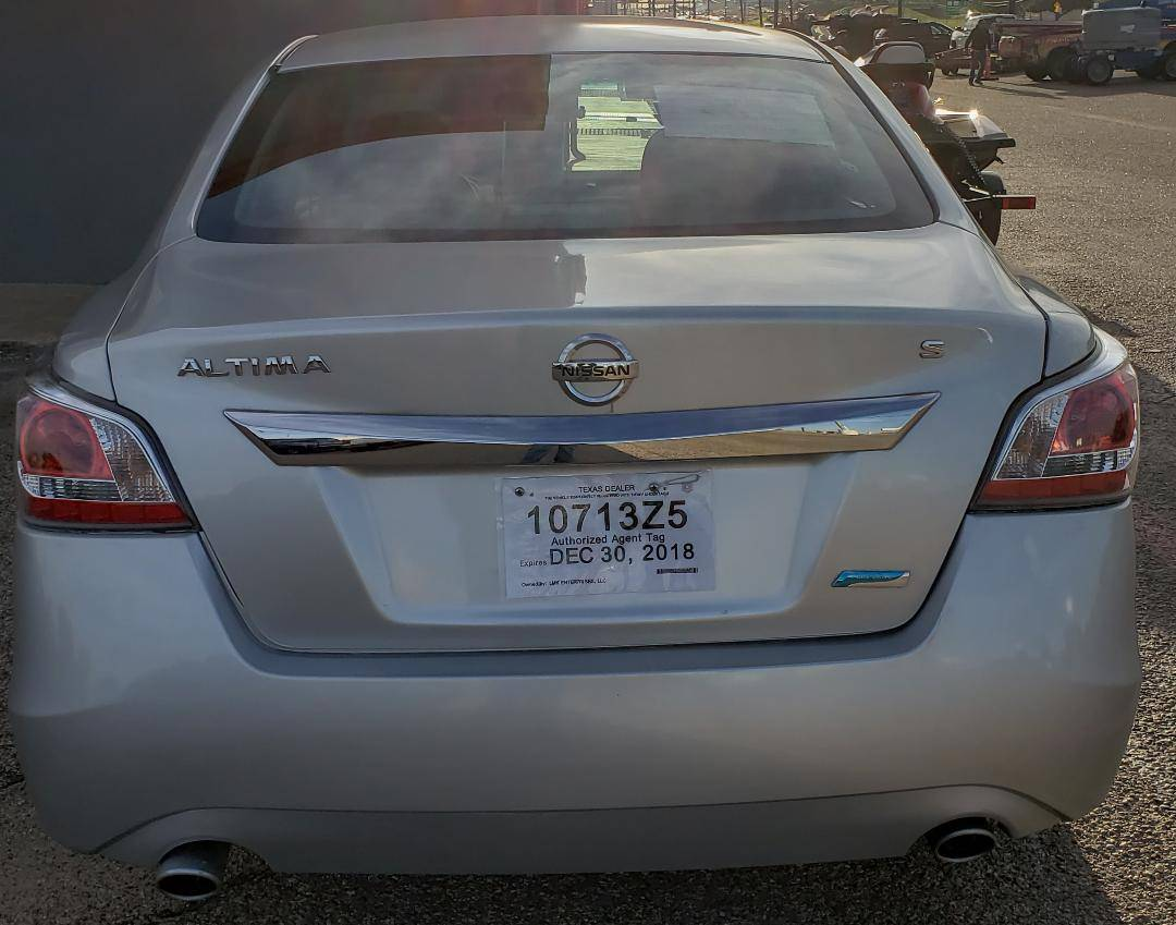 2014  Nissan Altima 4