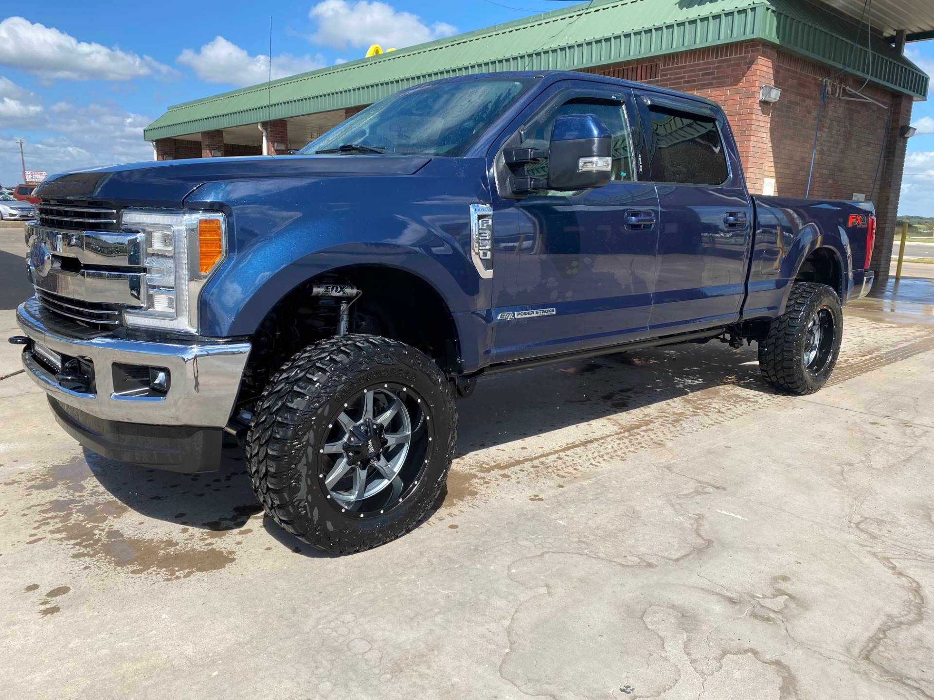 2017 Ford F-350 Lariat Ultimate Pkg 4x4 Diesel in Waco, Texas - Photo 1