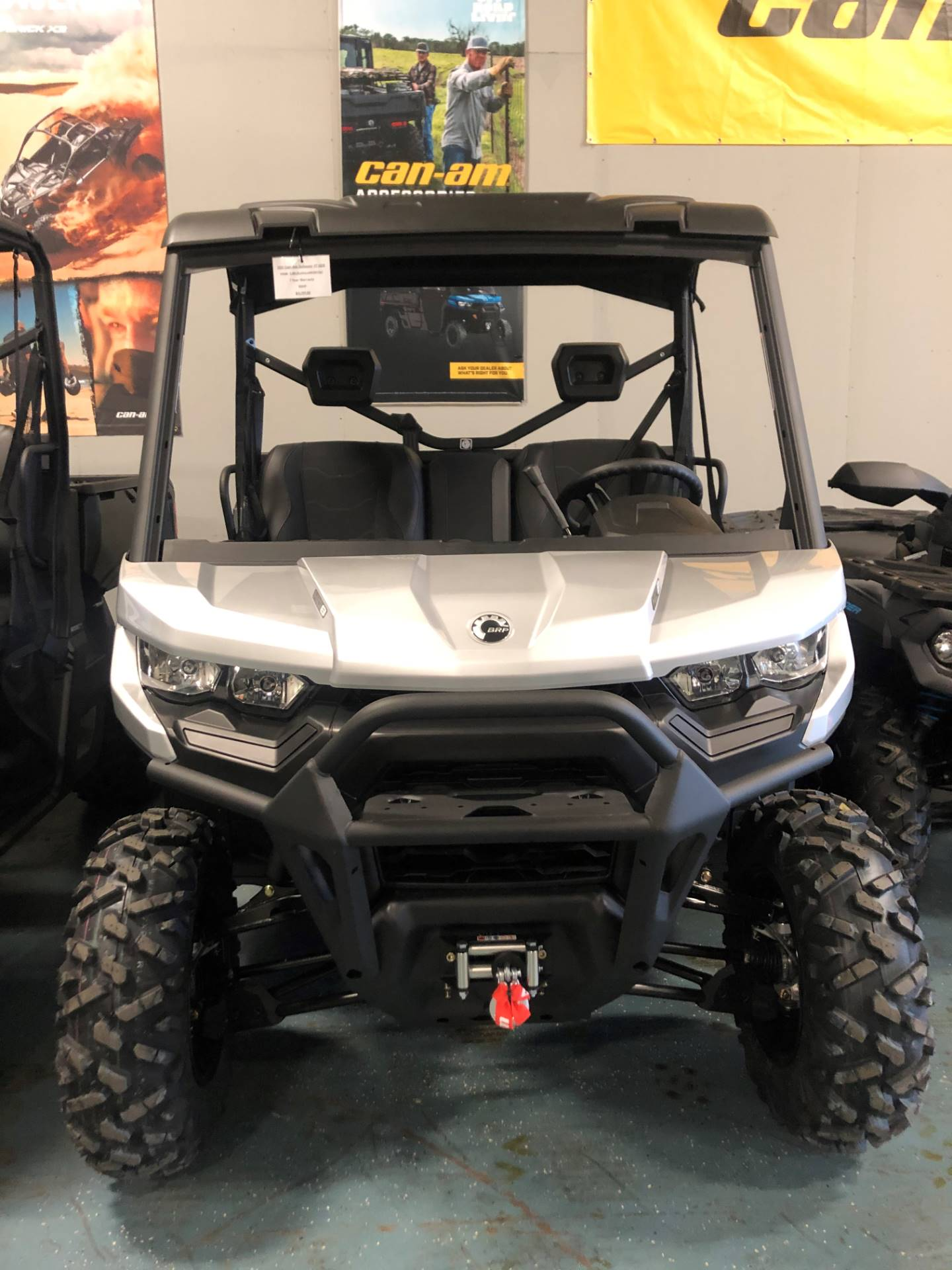 2021 Can-Am Defender XT HD8 in Waco, Texas - Photo 2